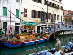 Fruttivendolo al Ponte dei Pugni by simasivi