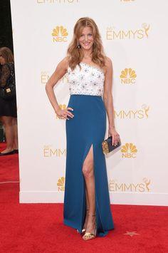 Anna Gunn in Jenny Packham - 2014 Emmy Awards