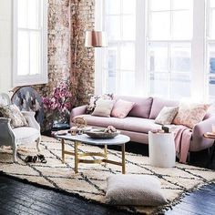 { E C L E C T I C } Loving this gorgeous shot featuring our Baroque Arm Chair in White Stripe. The blend of traditional with contemporary and latest colour trends thrown into the mix is the perfect combination. Thanks so much @homebeautiful for featuring our chair and for this stunning image and styling! #baroquewingback