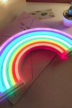 Neon Rainbow Sign / This neon rainbow sign is the perfect solution for extra lighting - Vine Ideas Rainbow Room Kids, Rainbow Bedroom, Rainbow House, Rainbow Girls Rooms, Rainbow Kitchen, Rainbow Light, Neon Rainbow, Kids Lighting, Neon Lighting