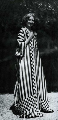 Emilie Floge, 1905.  Artist of the Wiener Werkstatte movement and girlfriend of Gustav Klimt, Floge designed much of the clothing depicted in Klimt's paintings.  Yes, another famous dude biting his style from a girl you've never heard of...
