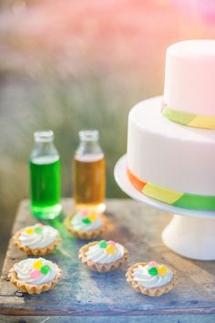 wedding cake and mini tarts in neon colors http://www.say-yep.com/issue2/