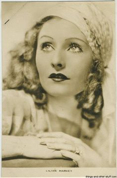 Lilian Harvey 1930s Film Weekly Postcard