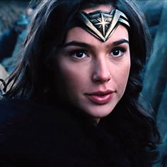 """122 Likes, 2 Comments - DC Extended Universe (@dc_eu) on Instagram: """"Really love her tiara design. It's a part of her costume that often goes overlooked I feel. It's…"""""""