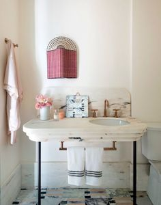 I didn't know I needed a pink bathroom in my life until I walked into Studio DB's blush space at this year's Kips Bay Decorator Showhouse. Think you need a pink bathroom in your life? Start with these four handy tips. Marble Tile Bathroom, Bathroom Floor Tiles, Small Bathroom, Blush Bathroom, Bathroom Storage, Bathroom Organization, Modern Bathroom, White Bathroom, Organization Ideas