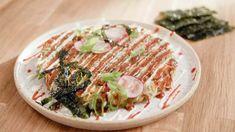 Okonomiyaki (Crêpe japonaise aux légumes)   - Cuisinez! - Télé-Québec Quebec, Asian Recipes, Ethnic Recipes, Vegetarian Recipes, Meal Recipes, Risotto, Plant Based, Nom Nom
