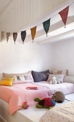 Little reading nook #kids #decor