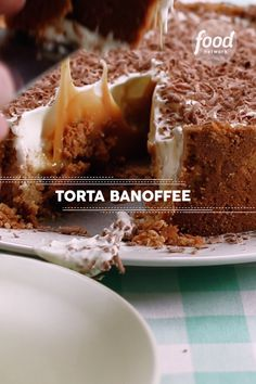 Confira a receita de Torta Banoffee do FoodNetwork Brasil Delicious Desserts, Dessert Recipes, Yummy Food, Food Network Recipes, Cooking Recipes, Cooking Box, Cajun Cooking, Cooking Dishes, Cooking Videos