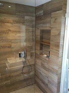 Trendy Bathroom Renovations On A Budget Diy Vanities 63 Ideas Small Bathroom Vanities, Bathroom Toilets, Master Bathroom, Kitchen And Bath Design, Rustic Bathrooms, Shower Remodel, Bathroom Flooring, Bathroom Interior Design, Bathroom Renovations
