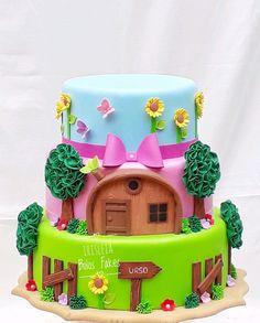 Baby Birthday Cakes, Bear Birthday, 4th Birthday, Marsha And The Bear, Bear Decor, Sugar Cake, Bear Party, Fashion Cakes, Lol Dolls