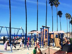 La Jolla Shores Park - Beaches - Have fun with the mile-long beach and soft white sand plus playgrounds for your kids at La Jolla Shores Park