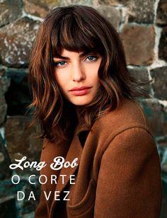 """O estilo """"long bob"""", como vem sendo chamado esse chanel mais compridinho, está com tudo! Com franja, sem franja, ondulado ou mais liso, com luzes ou sem."""