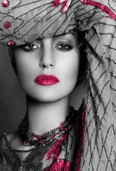 Beautiful Greens, Lipstick and Nails, Glamour Headshot, Green Color Splash Fashion Photography. Beauty Makeup, Eye Makeup, Hair Makeup, Hair Beauty, Makeup Contouring, Bronze Makeup, Flawless Makeup, Flawless Beauty, Color Splash