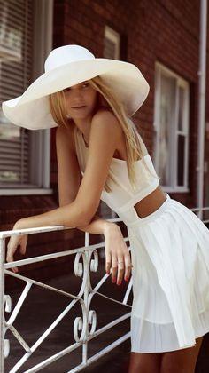 Beautiful white flowy mini dress and hat