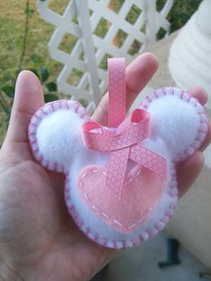 MINNIE MOUSE/sweet heart/ felt minnie ornament/ by BellisimaSofia
