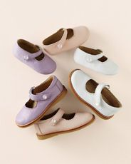 sweet little mary janes, a classic shoe