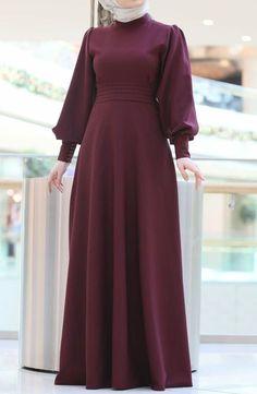 Ab muscles word conjures up images of gorgeous Musli. Abaya Fashion, Muslim Fashion, Modest Fashion, Fashion Dresses, Hijab Dress Party, Hijab Style Dress, Dress Outfits, Hijab Outfit, Abaya Mode
