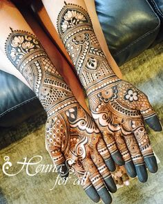 Rishma's bridal henna, love her and her two sisters ❤️ hope you are having fun in Chicago Indian Henna Designs, Dulhan Mehndi Designs, Wedding Mehndi Designs, Mehndi Design Pictures, Arabic Mehndi Designs, Latest Mehndi Designs, Beautiful Henna Designs, Mehndi Designs For Hands, Mehndi Images