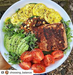 Have you guys tried our New Bae Seasoning yet? People are going crazy over it! @choosing_balance says its literally the only thing she puts on Salmon anymore!  Thanks for the #primalpalatespices love! If youre doing Whole30 there are some things on this plate that are not compliant (just FYI) # PIC BY @choosing_balance #  Lunch details  1 piece of salmon cooked in @primalkitchenfoods avocado oil  @primalpalate new bae seasoning (literally the only thing I put on salmon now )  1 tomato   1/2…