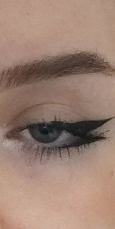 Emo Makeup, Eye Makeup Art, No Eyeliner Makeup, Cute Makeup, Girls Makeup, Pretty Makeup, Makeup Inspo, Makeup Inspiration, Eyeliner Ideas