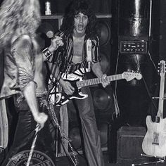 VH at the Whisky A Go Go, late 1977 (Photo credit: Kevin Estrada)
