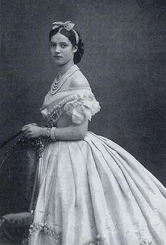 1860s vintage everyday: Victorian Wedding Fashion – 27 Stunning Photos of Brides before 1900