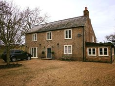 Cotswold Biscuit Residence 9 Window installation