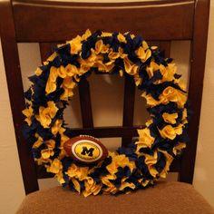 college football rag wreath-