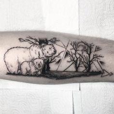 Mama bear & her baby #dotworktattoo #dotwork #tattoo #bear #beartattoo #bears #mamabear #babybear #foresttattoo #babybeartattoo #geometrictattoo