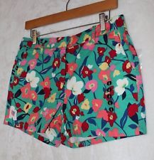 Elle NWT Short Shorts Green with Floral Design Pockets and Belt Loops Size 6