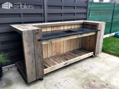 I made this pallet kitchen bar for my home. I took me three days to make it. I use it as an outdoor kitchen, otherwise, when I meet some friends, I can turn the kitchen into a bar.