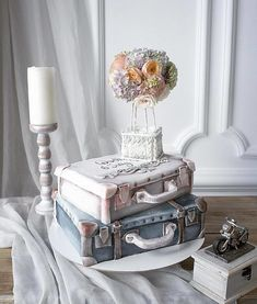 If you're a true artist, it shines through anything you do and these cakes by Elena Gnut show her true artistic talent. Elena is a Pastry Chef from Pretty Cakes, Beautiful Cakes, Amazing Cakes, Cakes Originales, Russian Cakes, Travel Cake, Fantasy Cake, Hazelnut Cake, White Cakes