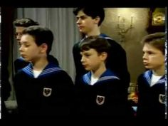 """Our finest gifts we bring, to lay before the king.... Vienna Boys Choir """"Little Drummer Boy"""""""