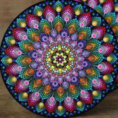 Mandala Canvas, Mandala Artwork, Mandala Painting, Mandala Painted Rocks, Mandala Rocks, Mandala Art Lesson, Mandala Drawing, Dot Art Painting, Painting Patterns
