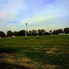 #Foto Giovanbattista Venditti: Ecco il mio santuario, eccolo qui. Fuori il vortice dei disordini e degli odi e qui, sempre tutto uguale: lotta, sopravvivenza, vittoria, sconfitta... È soltanto un gioco, ma io lo amo. #rugby #ilsaporedellavittoria - http://www.twittospia.com/foto/giovanbattista-venditti-ecco-il-mio-santuario-eccolo-qui-fuori-il-vortice-dei-disordini-e-degli-odi-e-qui-sempre-tutto-uguale-lotta-sopravvivenza-vittoria-sconfitta-e-soltanto-un-gioco-ma/24-09-2014/