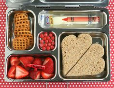sandwich on multigrain, strawberries, pretzels, string cheese, mini m - Bento - babyfood Kids Lunch For School, Healthy Lunches For Kids, Toddler Lunches, Kids Meals, Healthy Snacks, Toddler Food, Bento Box Lunch, Lunch Snacks, Lunch Boxes