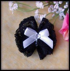 Noeud dentelle noire noeud satin blanc cabochon strass perle : Déco, Customisation Textile par orkan28