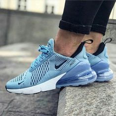 Nike Air Max 270 – Leche Blue White – hier shoppen Nike Shoes nike sneakers for ladies Tenis Nike Air, Nike Wmns, Nike Air Max, Sneakers Fashion, Fashion Shoes, Sneakers Nike, Nike Trainers, Fashion Outfits, Souliers Nike