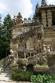 "Cheval's ""Palais Idéal"" in Hauterives, southeastern France (by p458nvt)."