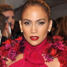 One of my favorite met ball looks I did with @jlo #metball #gucci #makeupbyme #maryphillips hair by @lorenzomartinjr styled by @robzangardi @marielwashere nails by @enamelle #Padgram