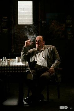 The Sopranos. Sad to hear the news today about James Gandolfini. Have spend many a happy hour in the company of Tony Soprano. Hbo Series, Series Movies, Movies And Tv Shows, Mafia, Best Tv Shows, Favorite Tv Shows, Os Sopranos, Tony Soprano, I Love Cinema