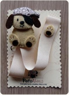 Chupetero de fieltro - perrito pirata Felt Crafts, Diy And Crafts, Baby Binky, Kit Bebe, Pencil Toppers, Dummy Clips, Pacifier Holder, Penny Rugs, Love Craft