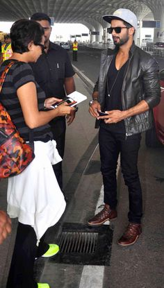 Shahid Kapoor spotted departing from Mumbai airport. #Bollywood #Fashion #Style #Handsome