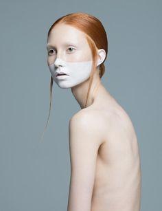' The Singing Swan 'Jessica Luostarinen @ Major Models con el...