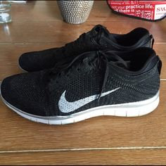 Nike Free 5.0 limited style- 9.5. Nike FreeAthletic ShoeSparkleNike  ShoesBlack WhiteHolidaysCaseSilver