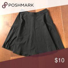 Forever21 Skirt Black flowy skirt form forever21, never worn Forever 21 Skirts Circle & Skater
