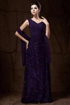 Charming Lace Floor-Length Dress