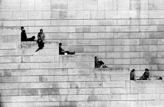 Robert Doisneau, La diagonale des marches, Paris, 1953