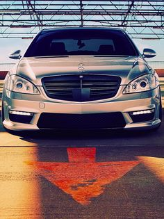 Mercedes S-class 63 AMG