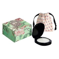 Rose Solid Perfume by DIPTYQUE -  The solid perfume is a refined and easily portable product that can be applied discreetly to commonly fragranced areas such as the neck, the decollete and the wrists.